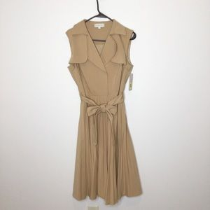 Katherine Kelly tan midi dress day dress pleated